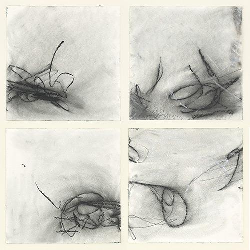 Atempause I-IV, 2015, Kohle, Graphit und Kreide auf Aquarellpapier, 30x30 cm